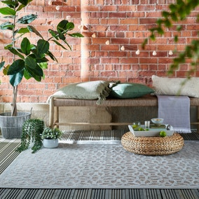Argento Geometric Indoor Outdoor Rug