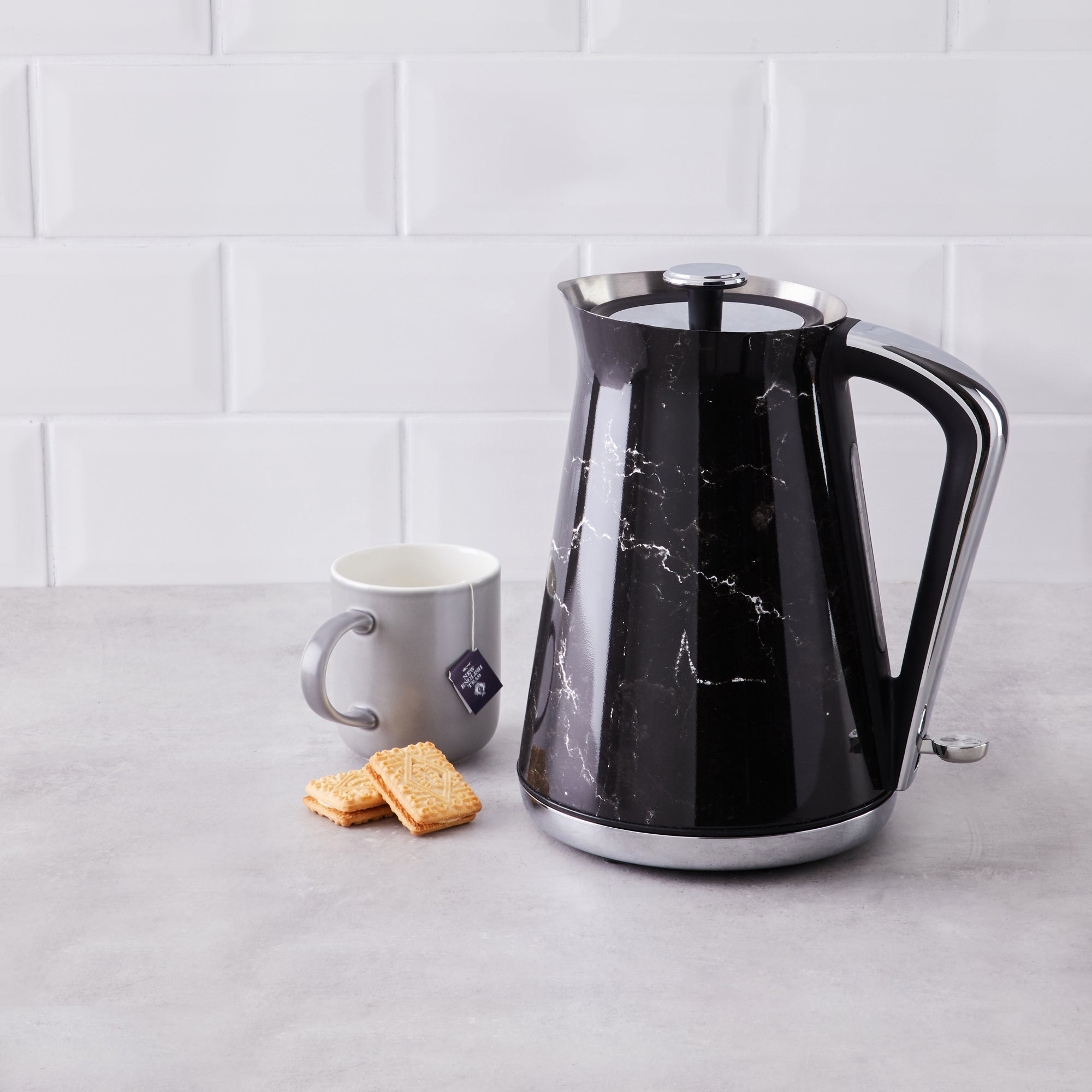 Black Marble 17l Kettle Black And White