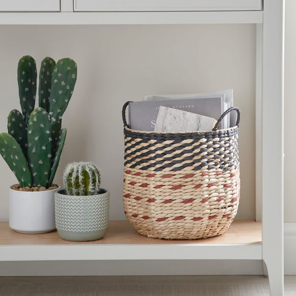 Small Hexagonal Basket Natural