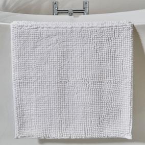 White Mini Bobble Bath Mat