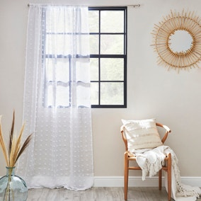 Tufted White Slot Top Voile