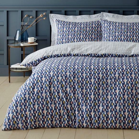 Elements Marlow Navy 100% Cotton Duvet Cover and Pillowcase Set  undefined