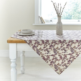 White Grey Red Natural Luxury Easycare Jacquard Rectangle Tablecloth