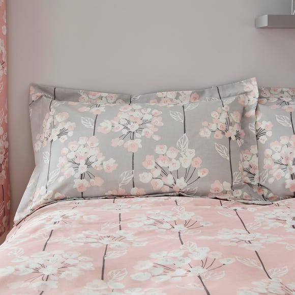 Erin Pink Oxford Pillowcase  undefined
