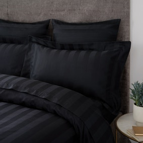 Hotel Egyptian Cotton 230 Thread Count Stripe Oxford Pillowcase