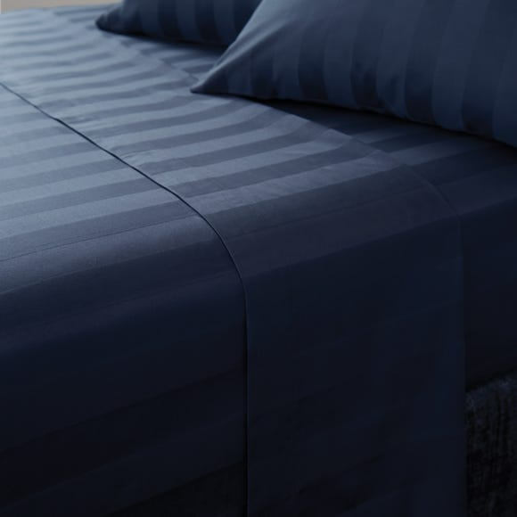 Hotel Egyptian Cotton 230 Thread Count White Stripe Flat Sheet Navy undefined