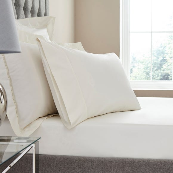 Dorma Egyptian Cotton 400 Thread Count Percale Fitted Sheet Cream undefined