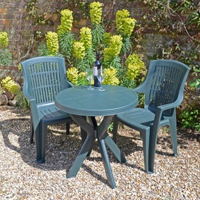 Tivoli Green Table with 2 Parma Chairs