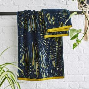 Clarissa Hulse Rainforest 100% Cotton Blue Towel