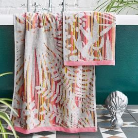 Clarissa Hulse Rainforest 100% Cotton Pink Towel