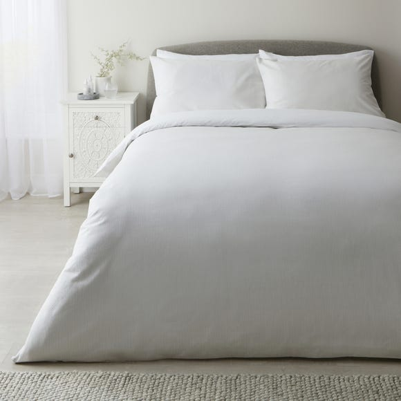 Wilber White 100% Cotton Duvet Cover and Pillowcase Set  undefined