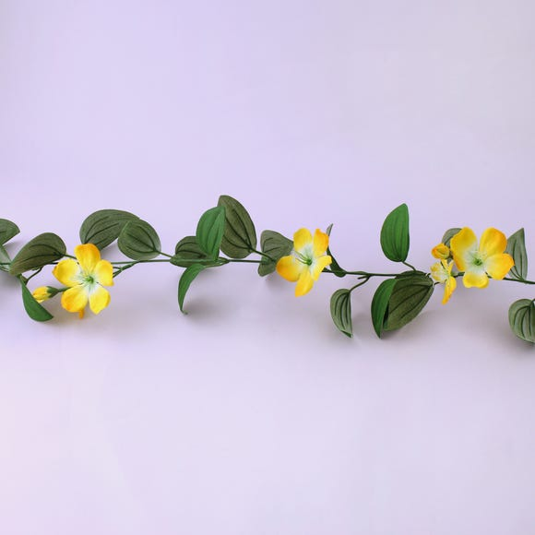 Clematis Garland 180cm Yellow