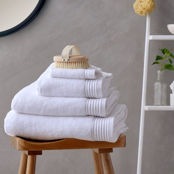Soft and Fluffy 100% Cotton White Towel  undefined