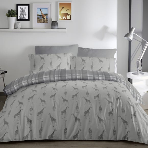 Fusion Giraffe Reversible Duvet Cover and Pillowcase Set  undefined