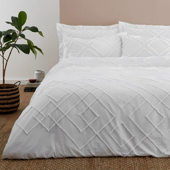 Souk White Tufted 100% Cotton Duvet Cover and Pillowcase Set  undefined