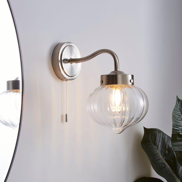 Voyager Bathroom Wall Light Chrome