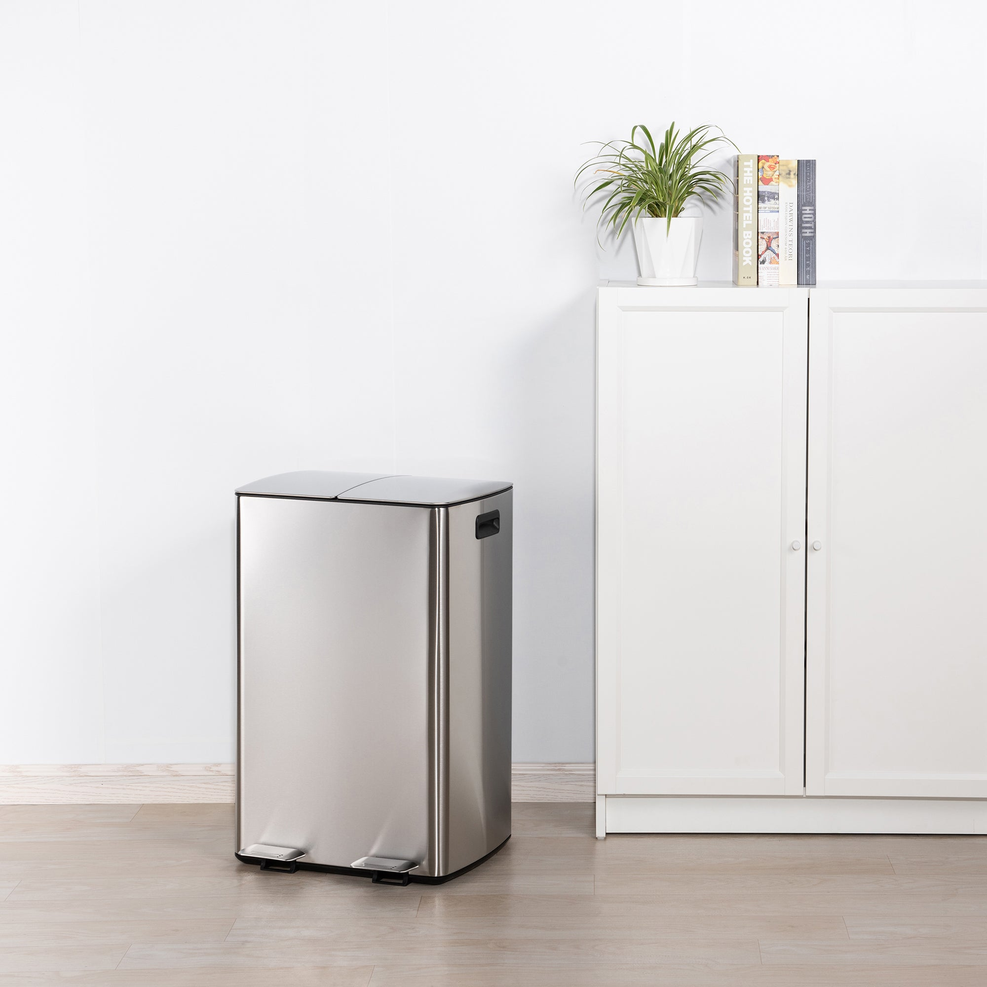 Stainless Steel 60L Curve Recycling Bin Silver