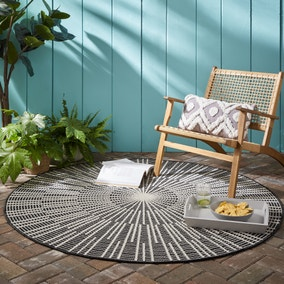Sticks Indoor Outdoor Circle Rug