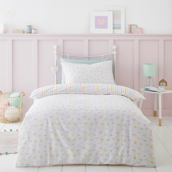 Seersucker Hearts Reversible Duvet Cover and Pillowcase Set  undefined