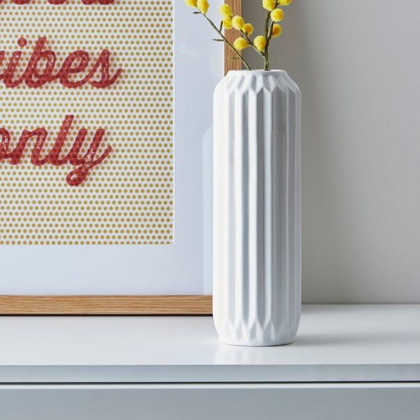 Fluted Vase 25cm White White