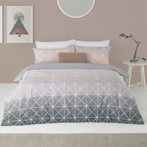 Spectrum Blush Ombre Reversible Duvet Cover and Pillowcase Set  undefined