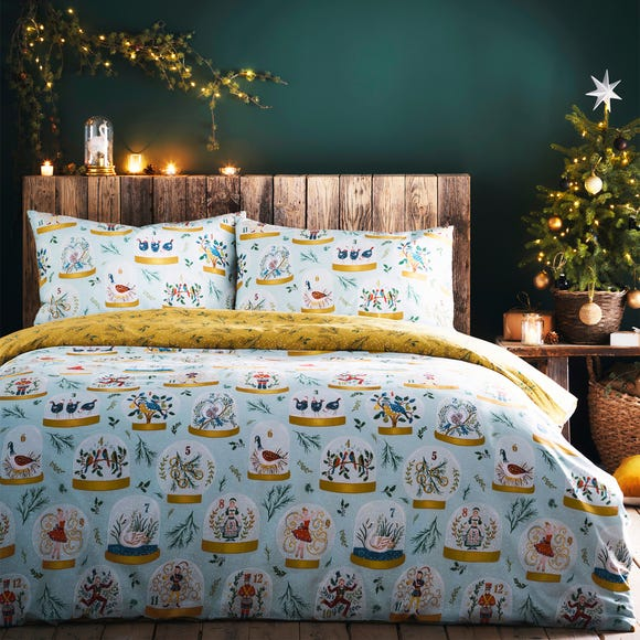 Twelve Days of Christmas Reversible Duvet Cover and Pillowcase Set  undefined