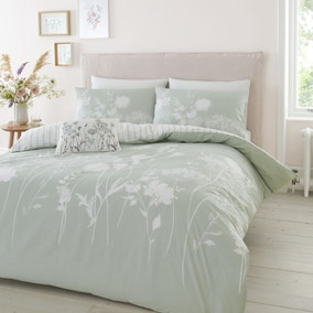 Catherine Lansfield Meadowsweet Floral Green Reversible Duvet Cover and Pillowcase Set