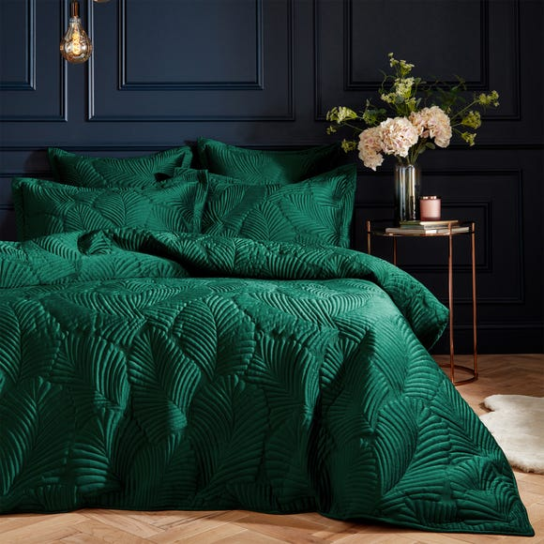 Paoletti Palmeria Emerald Velvet Duvet Cover and Pillowcase Set  undefined