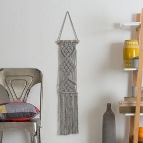 Wool Couture Lottie Lou Macrame Grey Wall Hanging Kit