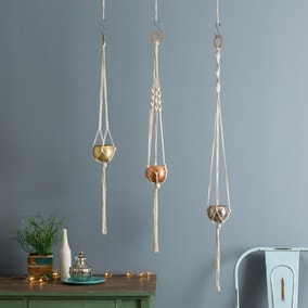 Wool Couture Three Sisters Plant Hanger Macrame Kit