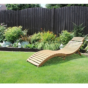 Acacia Folding Curved Wooden Lounger