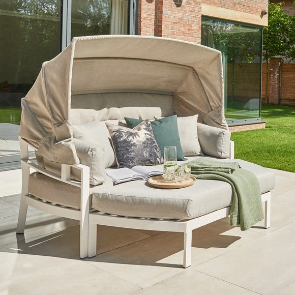 Titchwell White Day Bed White