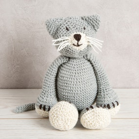 Wool Couture Chloe Cat Baby Blue Knitting Kit