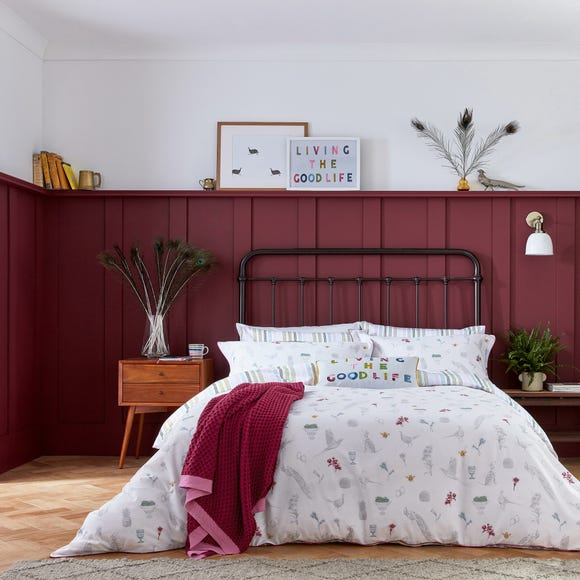 Joules The Country Estate Chalk 100% Cotton Reversible Duvet Cover and Pillowcase Set  undefined