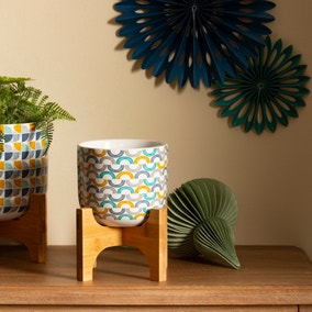 Elements Plant Pot on Stand
