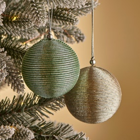 Pack of 2 Mint and Silver Tinsel Balls