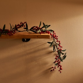 6ft Berry and Leaves Garland