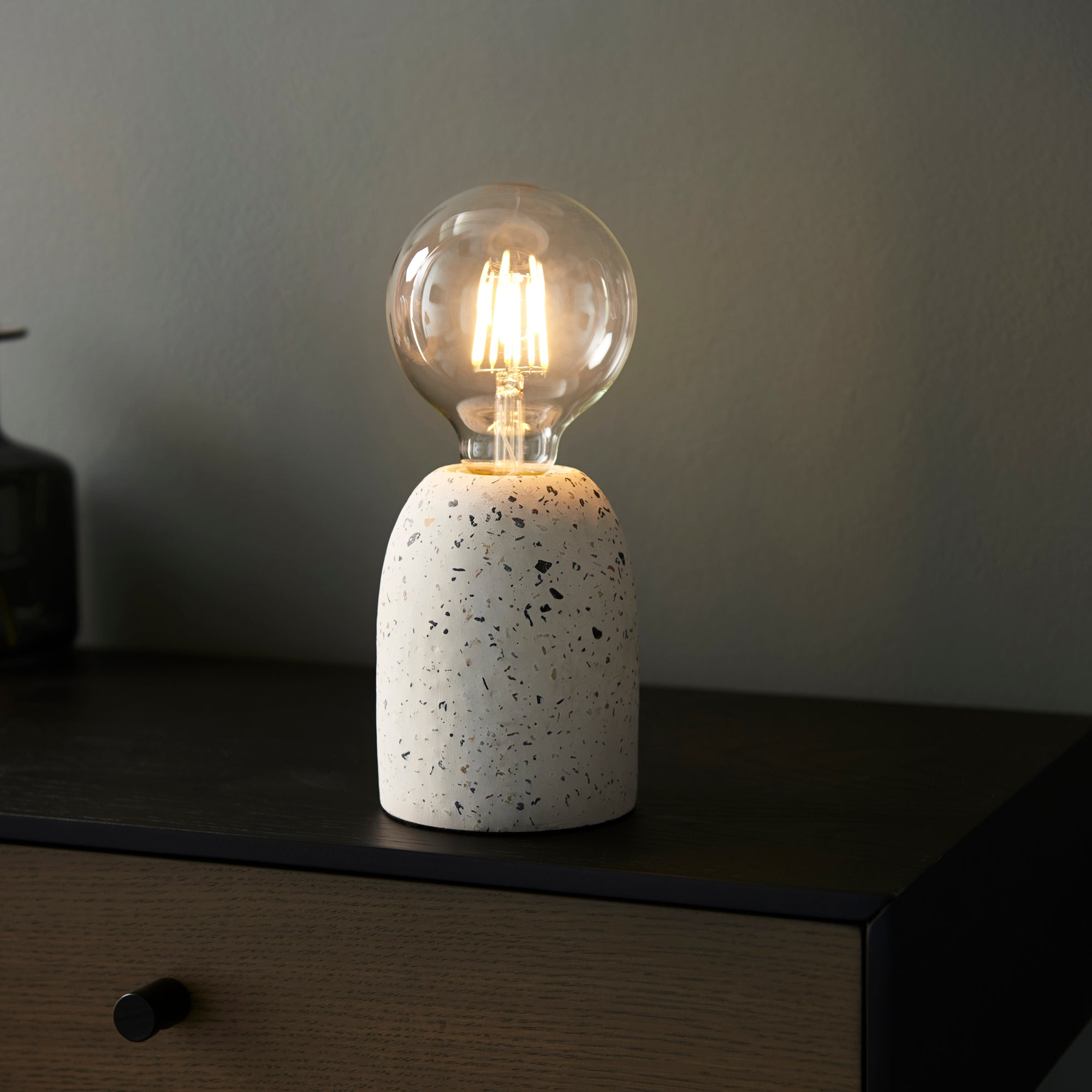 Vogue Chatom Table Lamp White