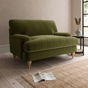 Darwin Luxury Velvet Snuggle Chair