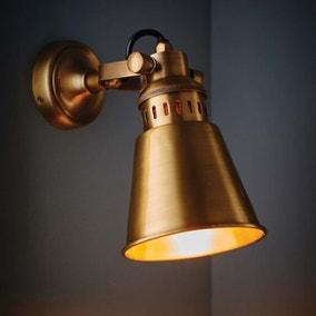 Vogue Cape Wall Light