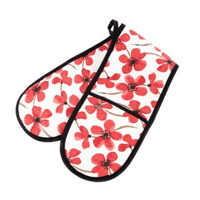 Red Painted Poppy Double Oven Glove