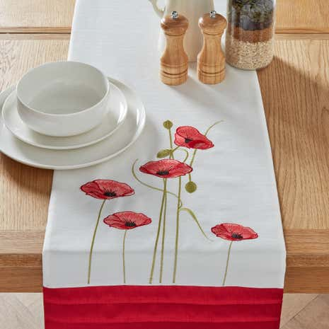 Red Poppy Table Runner