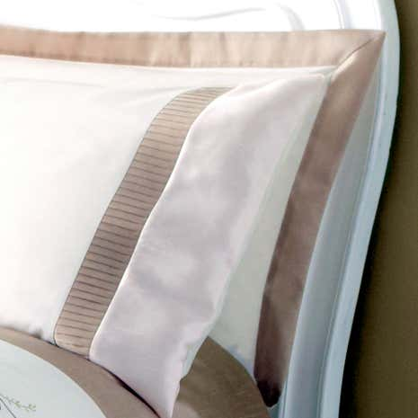 Gold Rosa Oxford Pillowcase