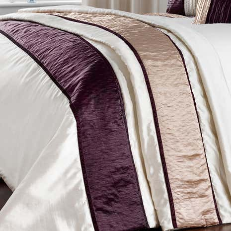 Manhattan Plum Throw