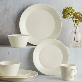 Royal Doulton White 1815 16 Piece Dinnerset