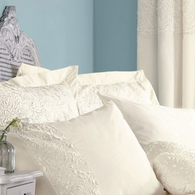 Chloe Rose Cream Oxford Pillowcase