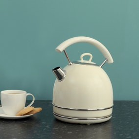 Candy Rose 1.7L Cream Kettle