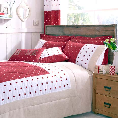 Country Spot Red Bedspread