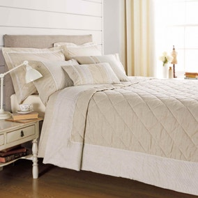 Millie Natural Bedspread