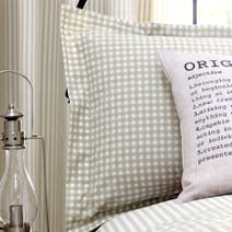 Natural Heritage Label Oxford Pillowcase